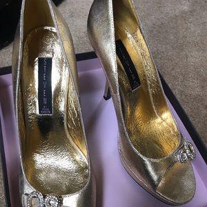 Ladies Steven by Steve Madden heels